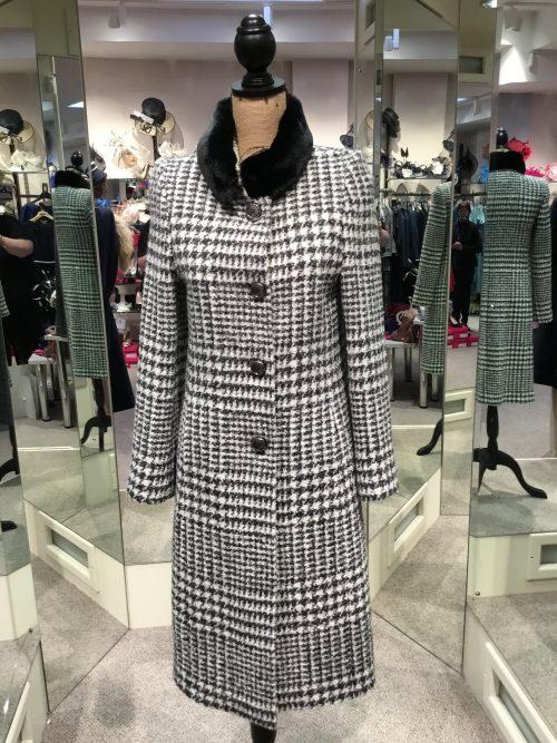 Christina Felix houndstooth Coatigan with stand up fur trim collar