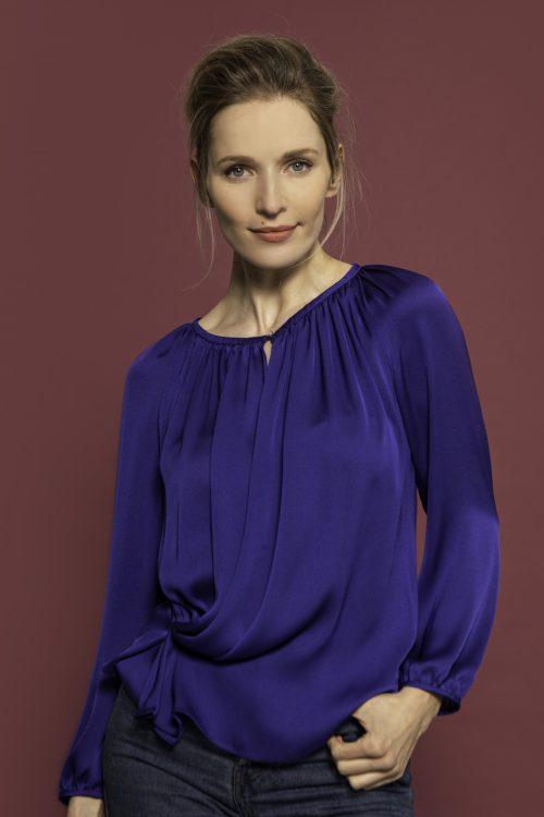 Carolinekilkennystudio Lana blouse cobalt
